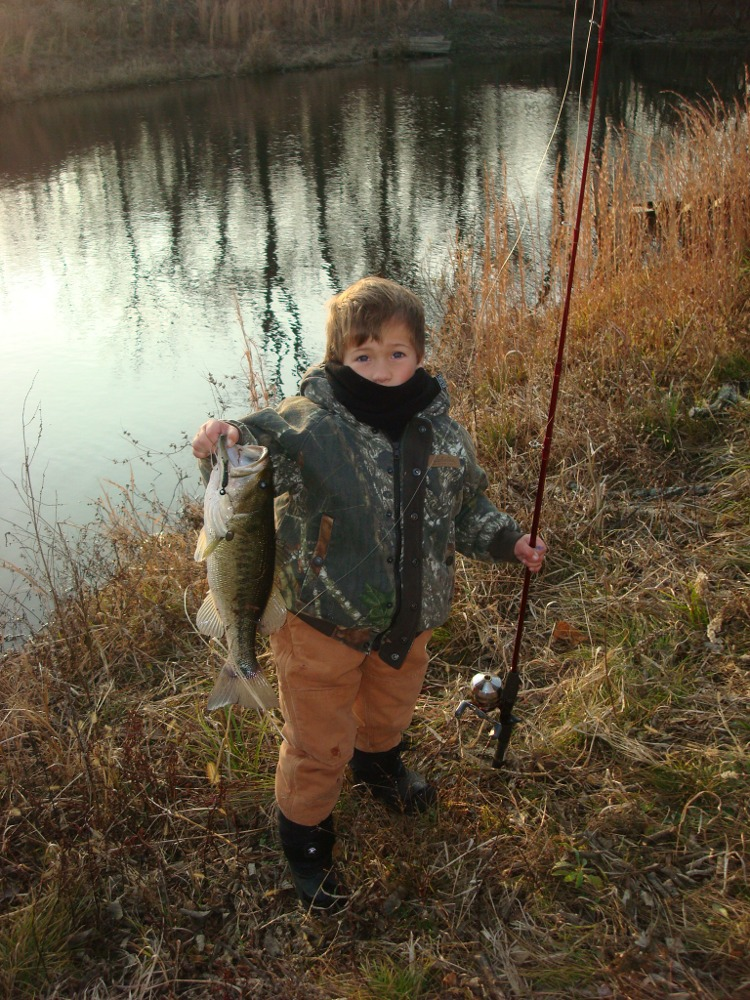 Kansas fishing report reports from anglers for Scott and white fish pond